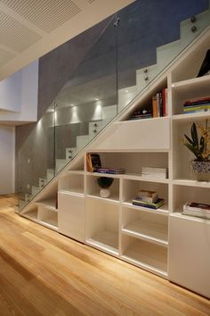 30 Spectacular and Creative Downstairs Designs Ideas to Make Your Space More Useful House Stairs Creative Designs Downstairs Ideas Space Spectacular Stair Shelves, Staircase Storage, Loft Stairs, Stair Storage, House Stairs, Staircase Design, Basement Stairs, Shelving, Interior Stairs