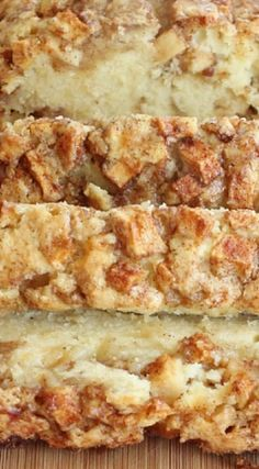 Apple Cinnamon Bread - replacing butter with weed butter for the dankest medible… Apple Cinnamon Bread, Apple Bread, Cinnamon Apples, Cinnamon Cake, Apple Cake, Apple Zucchini Bread, Cinnamon Rolls, Apple Recipes, Bread Recipes