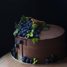 Classic fruit birthday cake - Page 6 of 38 - Backen - Kuchen Fruit Birthday Cake, Chocolate Birthday Cakes, Chocolate Birthday Cake Decoration, Beautiful Birthday Cakes, Birthday Cake Decorating, Drip Cakes, Pretty Cakes, Chocolate Desserts, Chocolate Cake With Strawberries