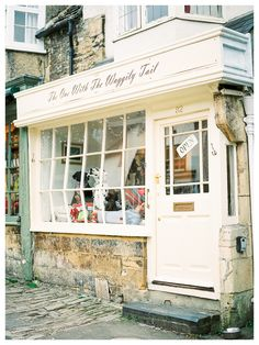 Lovely shop front in Burford! film photography by Rosie Reports