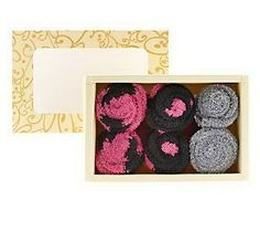 Passione Set Of 3 Cupcake Socks With Box