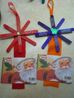 Νηπιαγωγός από τα πέντε...: ΗΜΕΡΟΛΟΓΙΑ ΓΙΑ ΜΙΑ ΤΕΛΕΙΑ ΧΡΟΝΙΑ!!!-ΙΔΕΕΣ ΑΠΟ ΤΟ ΔΙΑΔΙΚΤΥΟ... Christmas Crafts, Xmas, Preschool, Calendar, Diy Crafts, Wood Slices, Activities, Sticks, Blog
