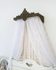 Bed Crown / Bed Canopy / Crib Canopy / Teester by TheChicDecorShop