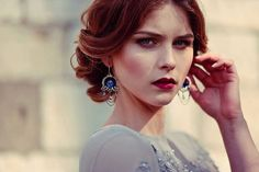 Wire wrapped silver earring   by MadeBySunflower, $104.00 \\ Pinning it for the hair!