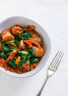 Lean, winter nights call for hearty, comforting dinners. This low FODMAP casserole, with sausages, lentils and chard, ticks all the boxes.