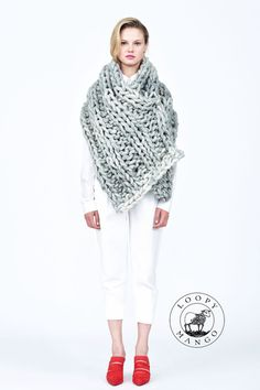 Nantucket Wrap /Toller Schal, dicke Wolle #Knitulator sammelt #Ideen: #Poncho im #Grobstrick