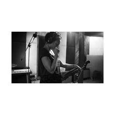 Sessions. #livebyfela #studiophotography #musicphotography #thebwcolumn #photography #portrait #record #blackout #shoot #humansofdfw #instadfw #violin