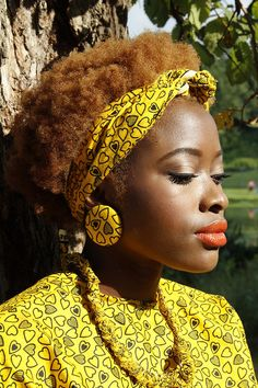 Love her hair color and  #afro  #naturalhairstyle Loved By NenoNatural!