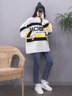 The Best Examples for Korean Street Fashion Korean Fashion Trends, Korean Street Fashion, Korea Fashion, Asian Fashion, Girl Fashion, Fashion Outfits, Womens Fashion, Fashion Ideas, Grunge Style
