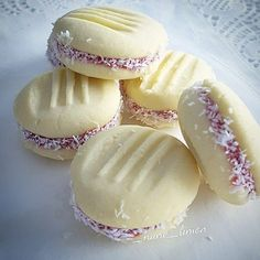 More practical recipes. Lemon Cookies, Oreo Cookies, How To Make Trifle, Sweet Desserts, Dessert Recipes, Sweet Pastries, Breakfast Items, Non Stick Pan, Turkish Recipes