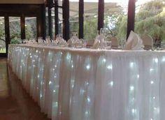 une décoration pour table de mariage longue