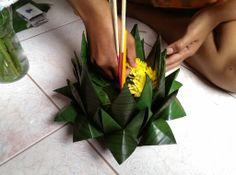 Making a Krathong