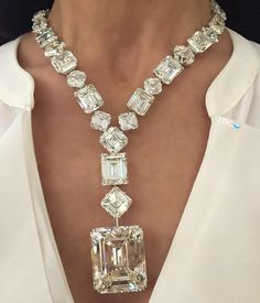 Diamonds Necklace @the_diamonds_girl