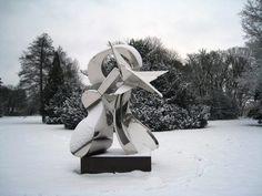 Thomas Kiesewetter: Würfel. Skulpturen im Schlosspark at Sies + Höke