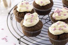 Cupcakes de chocolate con glaseado de vainilla