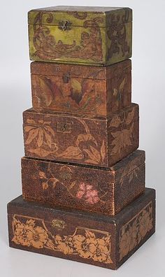 Early 1900's Pyrography Boxes More Painted Boxes, Wooden Boxes, Craft Stalls, Wood Burning Crafts, Diy Craft Projects, Project Ideas, Historical Artifacts, Treasure Boxes, Vintage Box