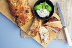 Madbrød med oliven og bacon