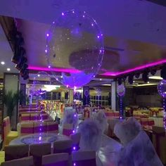 These LED light up balloons are amazing! The balloons are made of a thick clear plastic making them reusable for every occasion since they don't pop.And when you're not using the balloons.you can use the lights for the holidays! Light Up Balloons, Balloon Glow, Clear Balloons, Glitter Balloons, Balloon Lights, Bubble Balloons, Led String Lights, Latex Balloons, Light String