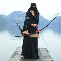 "90 Likes, 5 Comments - Panah Cinta Indonesia Archery (@panahcintaid) on Instagram: "". Promo Spesial Dzulhijah  Tipe: Long Bow  Bonus seharga 150rb: 2 Anak Panah Bambu 1 Print Target 1…"""
