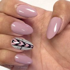 hand-painted decorations in white, black and pink, on the ring finger nail of a hand, with ash pink manicure, almond nail designs Gorgeous Nails, Love Nails, My Nails, Nails 2017, Gel Nail Art Designs, Almond Nails Designs, Nail Design, Pink Gel, Purple Nails
