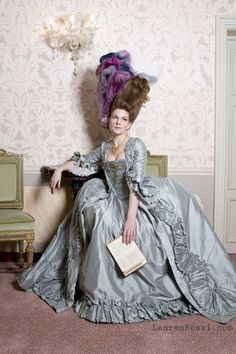 Historical Dresses Offer a Hands-On Way to Study History of Fashion Rococo Dress, 1920s Dress, European Fashion, Timeless Fashion, Rococo Fashion, Historical Clothing, Historical Dress, 18th Century Fashion, 19th Century