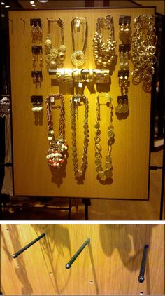 A simple yet sophisticatedjewelry exhibitthat can be easily reconfigured by moving the Plug-in Pegs. Hung from a glass wall, the display itself seemed to float in the air. A steeply angled spotli...