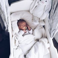 Image in cute babies 🍼 cute kids collection by Marina M - adorable babies - Cute Little Baby, Little Babies, Cute Babies, Baby Kids, Baby Boy, Foto Baby, Cute Baby Pictures, Everything Baby, Baby Family