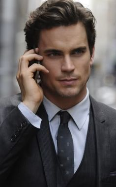 """MATT BOMER not Christian grey! He might be playing Christian Grey in """"Fifty Shades of Grey."""" Matt Bomer is the star of the USA Network television series White Collar and plays ken in the movie Magic Mike. Matt Bomer White Collar, Christian Grey, Classic Mens Hairstyles, Men's Hairstyles, Classy Hairstyles, Formal Hairstyles, Hairstyle Ideas, Classic Mens Haircut, Bangs Hairstyle"""