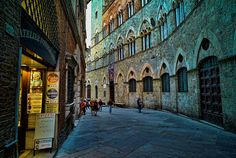 Encore! Life, | ♕ | Siena alley at dusk | by © dutchman pieter...