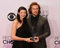 Sam and Cait at the 2015 People's Choice Awards..... Outlander Won!!