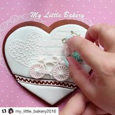 5,344 отметок «Нравится», 57 комментариев — Все для кондитеров (@video_sweets) в Instagram: «#Repost @my_little_bakery2016 (@get_repost) ・・・ Full video on my YouTube (link in bio) Please,…»