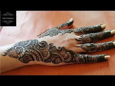 Top Elegant and stylish hand mehndi design Indian Mehndi Designs, Mehndi Designs 2018, Mehndi Designs For Girls, Stylish Mehndi Designs, Mehndi Designs For Beginners, Mehndi Design Pictures, Wedding Mehndi Designs, Henna Designs Easy, Beautiful Mehndi Design