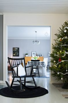 Kitchen Dining, Dining Table, Living Spaces, Living Room, Scandinavian Christmas, Christmas Fashion, My Dream Home, Sweet Home, Rooms