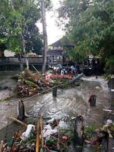 Banjir di Tukad Buana Dipicu Sampah Kiriman - http://denpostnews.com/2016/11/04/banjir-di-tukad-buana-dipicu-sampah-kiriman/