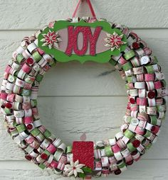 Christmas decorating with paper  | Paper Christmas Wreath