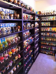 Your display, the Funko way! Funko Pop Shelves, Funko Pop Display, Display Shelves, Book Shelves, Game Room Decor, Room Decor Bedroom, Geek Room, Otaku Room, Funk Pop