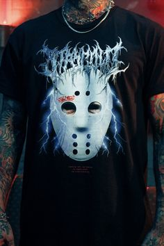 Jason is out for revenge with our No Reason No Conscience Tee. This scary Stay Cold shirt comes with front back and sleeveprint.  It is inspired by the friday the 13th movie and comes in two versions.