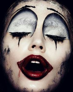 Publishing the world's most significant & influential works from award-winning talents in design, advertising, illustration, photography, interactive and typography. Clown Makeup, Sfx Makeup, Costume Makeup, Dark Circus, Circus Art, Circus Clown, Halloween Look, Halloween Face Makeup, Fantasy Make Up