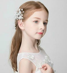Set of 3 Flower Girl Hair Pins Cute and adorable for your little flower girls! Ready to Ship: 3-5 Business Days *Handcrafted items may contain small pieces. These may pose a choking hazard. A child sh