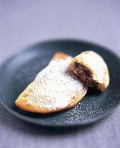 A recipe for baked sweet ravioli, a Carnevale-time treat from Italy's Lazio region, with a ricotta and chocolate-chip filling.