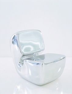 Zenith Chair 1998 - Galerie Kreo  Pod by Marc Newson Ltd