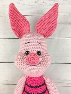 Piglet the Pig by Holly's Hobbies (free pattern on Ravelry)