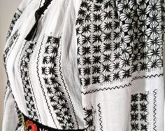 Short sleeve hand embroidered Romanian by CaterineEmbroidery