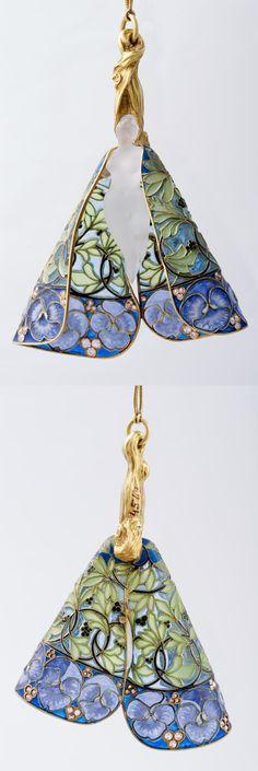 Pendant, René Jules Lalique, ca. 1900, gold, diamond, etched glass, plique-à-jour, height: 9.5 cm, width: 7 cm, length: 28 cm (chain)