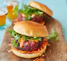 Ultimate veggie burger with pickled carrot slaw recipe BBC Good Food, Spicy Curtido Coleslaw Vegetarian Barbecue, Vegetarian Recipes, Healthy Recipes, Vegetarian Xmas, Healthy Eats, Slaw Recipes, Burger Recipes, Burger Ideas, Beetroot Burgers