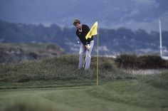 One of the great shots in golf history ... Tom Watson's chip-in at the 1982 U.S. Open at Pebble Beach.