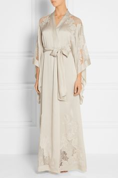 Carine Gilson | Lace-trimmed silk-satin robe | NET-A-PORTER.COM