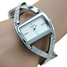 Стилен дамски часовник с камъчета Код 220 – Модел 1 – Бял
