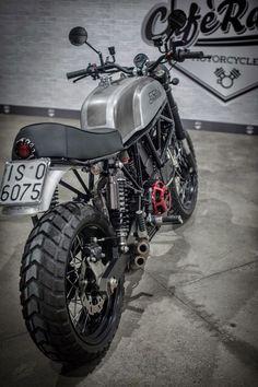 Ducati 900SS Scrambler by Cafe Racer Napoli #motorcycles #scrambler #motos   caferacerpasion.com