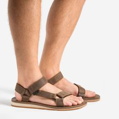 new style ab3b0 3ddb4 Original Teva® Original Universal Premium Leather Sandals for Men on the  official Teva® website